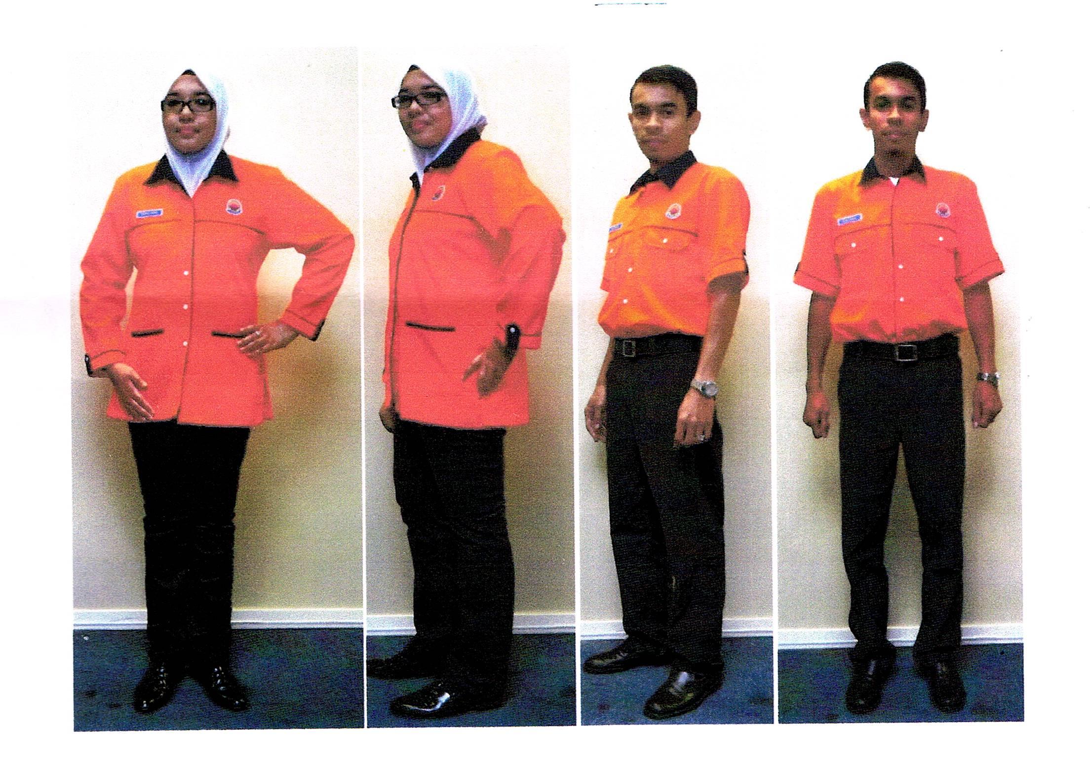 Uniform Sekolah Menengah Teknik Kronis L